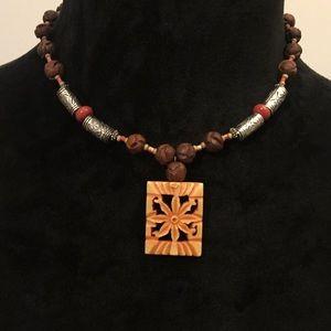Stunning necklace